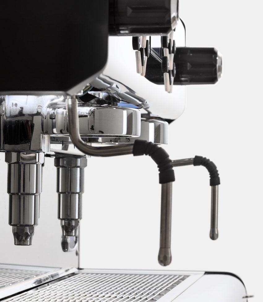 TOSCA-la-scala-macchina-espresso-design-dettaglio-02