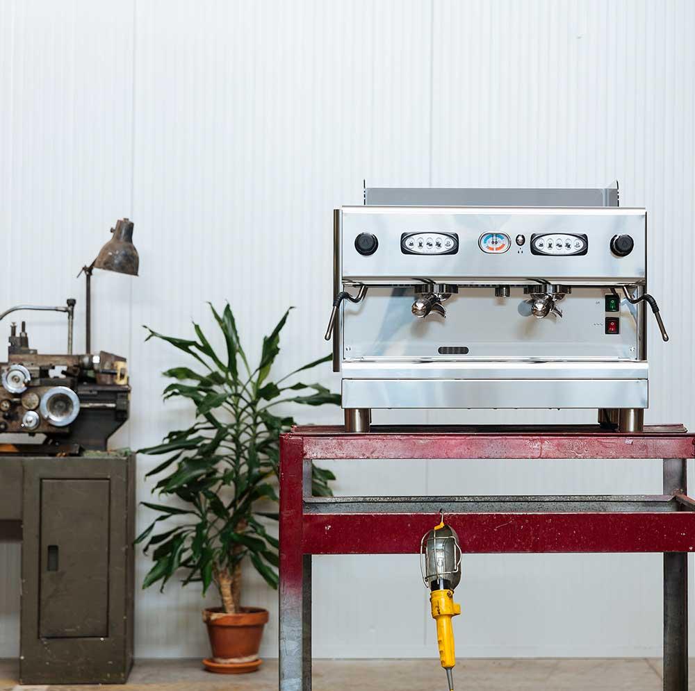 la-scala-macchine-caffe-espresso-design-italia